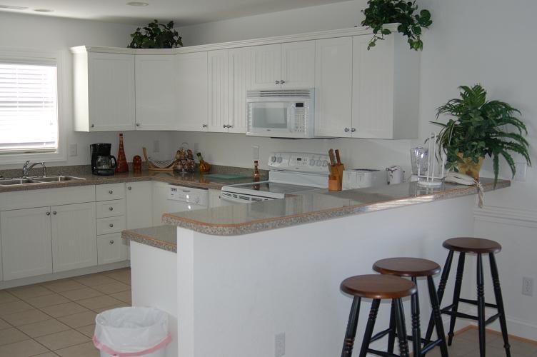 KITCHEN WITH BAR KITCHEN DESIGN PHOTOS : kitchen from airlase.com size 752 x 500 jpeg 77kB